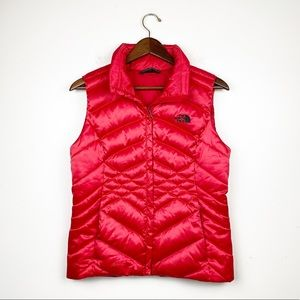 The North Face Puffer Vest 550 Red